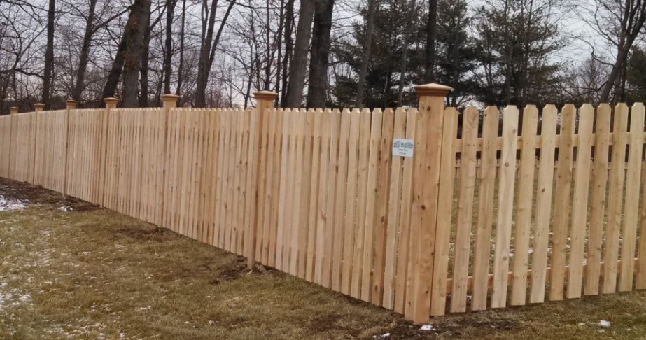 Advantages and Disadvantages of Dog Eared Fence